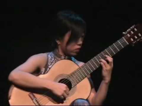 Xuefei Yang performs