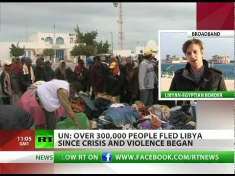 Humanitarian crisis in Libya as 300,000 flee country