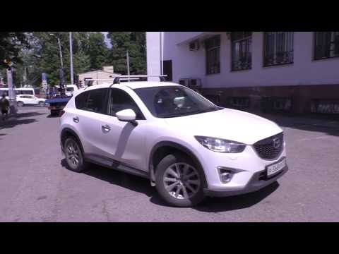 Тротуар для автомобилей у судебного департамента в Краснодаре