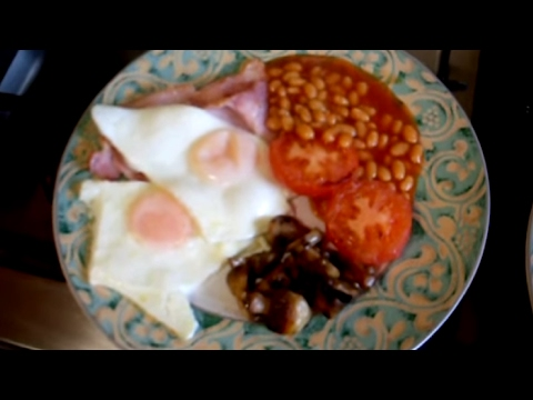 Secrets revealed! How to cook an English Breakfast - bacon, eggs, mushroom, tomatoes and beans