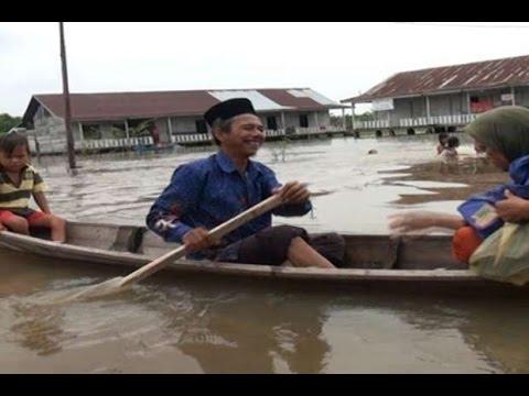 Berita 8 November 2015 - VIDEO Banjir Kembali Landa Aceh Singkil, Ratusan Rumah Terendam