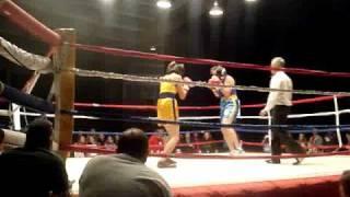 Baraka Bouts 2010 - Anna vs. Jenny Part 3/5