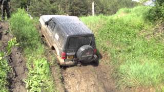 Mitsubishi Pajero and Patrol Off Road.