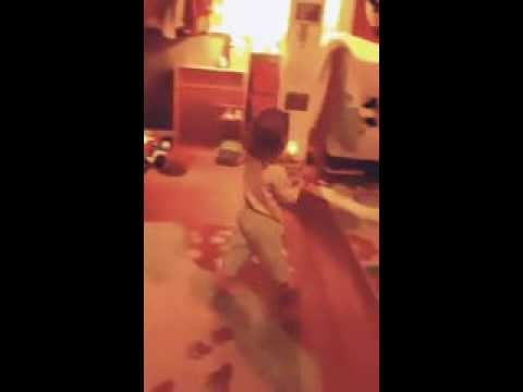Viola sings 'Do you Want to Build a Snowman?'