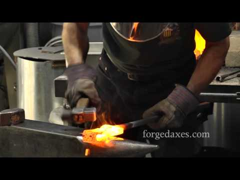 Forge Welding a Viking-Era Axe Eye with James Austin.mp4