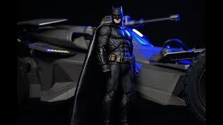 Medicom Mafex Justice League Movie BATMAN Action Figure Review