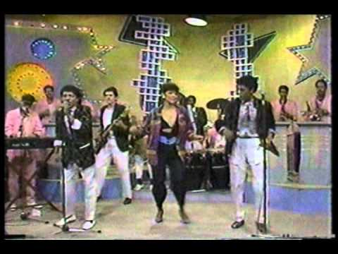 Los Hermanos Rosario (en Los 80's) - Pecadora - Merengue Clasico video