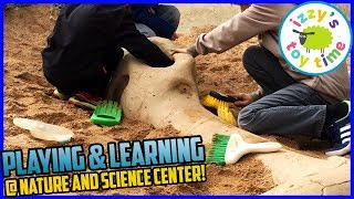 Izzy's Toy Time Learns and Plays at the NATURE & SCIENCE CENTER!
