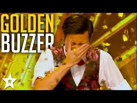 CRAZY MAGICIAN gets GOLDEN BUZZER!? | Asia's Got Talent 2017 | Got Talent Global | Got Talent (TV Program)