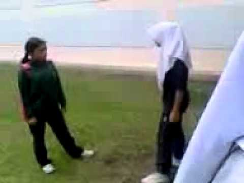 budak perempuan sekolah sultan ismail gaduh.flv