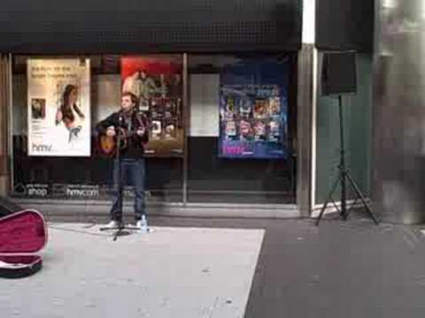 James Morrison busking in Birmingham city centre 4 (Place in the Sun)