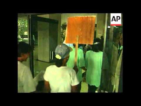 Indonesia - Children demand better work conditions