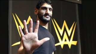 """""""One in a Billion"""" star Satnam Singh practices drills at the WWE Performance Center"""