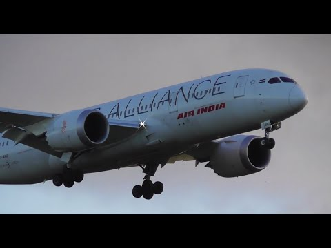 "DREAM CATCH | Air India ""Star Alliance"" 787-8 Landing at Melbourne Airport - [VT-ANU]"