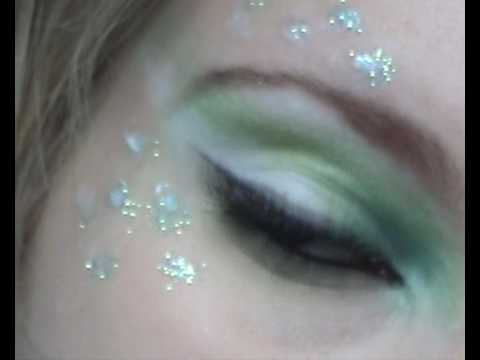 green and white makeup tutorial