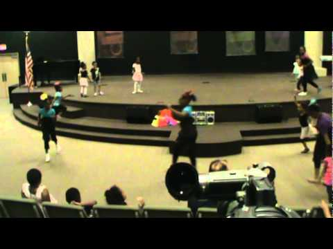 Carol Stream Christian Academy Girls Dance with Ms. Mitter