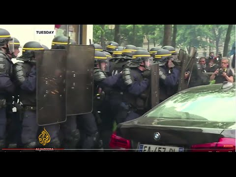 French police protests against 'anti-cop' hate