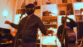 Gregory Porter - 「Supersense Vienna 2016」での1Mic1Takeによる約24分のライブ・セッション映像を公開 thm Music info Clip
