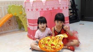 Ăn Bánh PIZZA cùng bạn XUXU  ❤ Túp Lều Cho Trẻ ❤  Toy Review