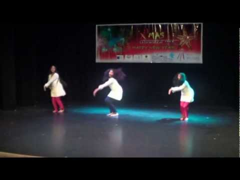 DERRY STARS GIRLS GROUP INDIAN HINDI TAMIL FUSION DANCE Jiya...
