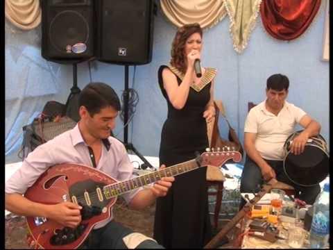 Zemine Cebrayilli Cebrayil Qesebe toyunda.