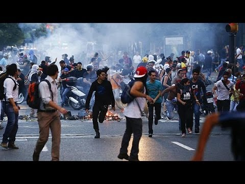 Venezuela: Several are shot dead in anti-government street protests