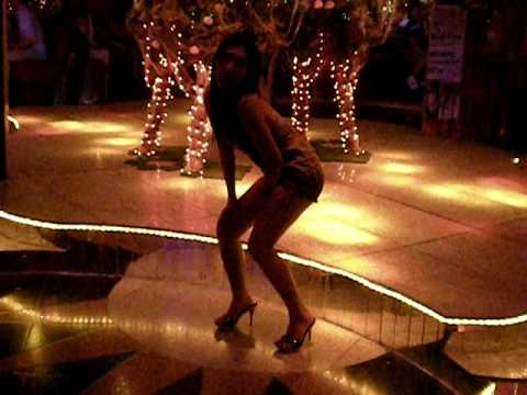 filipina dancing sexy..