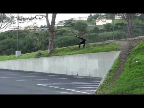 Monstrous ollie for @justfknpeterr 🎥: @nkavids   Shralpin Skateboarding