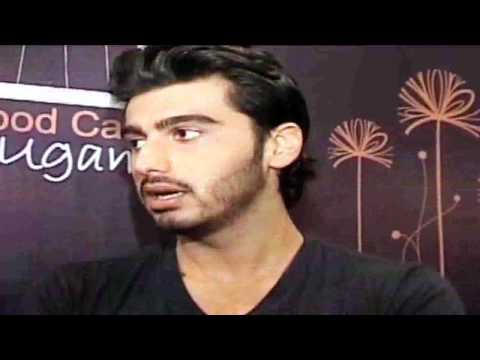 Watch Arjun Kapoor Interacts With Cancer Patients