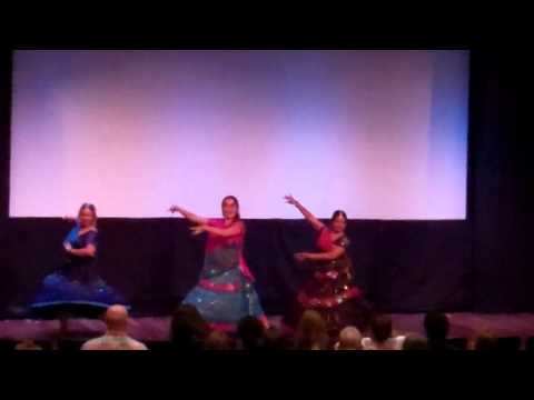 Nagara Sang Dhol Baje - Aaja Nachle Hawaii video