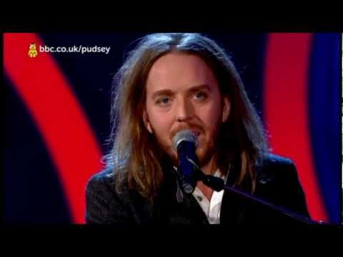 Tim Minchin - White Wine in the Sun (Live Children in Need 2012)