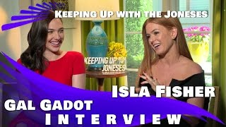 Gal Gadot and Isla Fisher Interview- Keeping Up with the Joneses (2016)