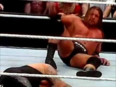 Triple H Vs Undertaker Wrestlemania 27