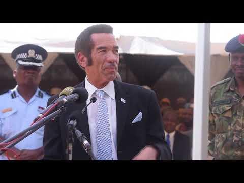 khama bids Batswana farewell