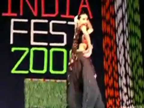 Bollywood Dance: Maine Payal Chalka Chalka Thoda Sa Pagla