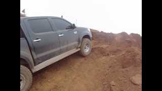 Toyota Hilux 4x4 streaming