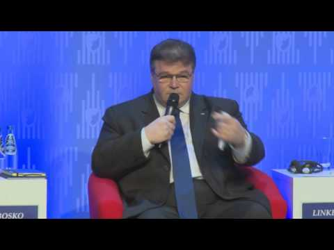 WSF2015 - All Eyes on the Eastern Flank: The Warsaw NATO Summit in 2016
