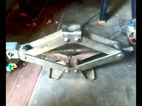 mechanical mini project automatic scissor JACK
