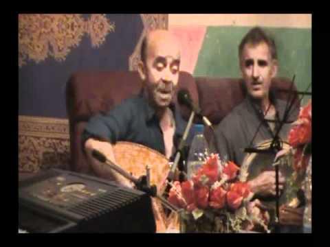 Makhlouf El Mouhoub ya Delles ma bik lahzan tayeh alik.