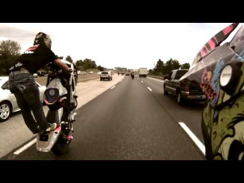 Stunt Street Bike On The Highway HD