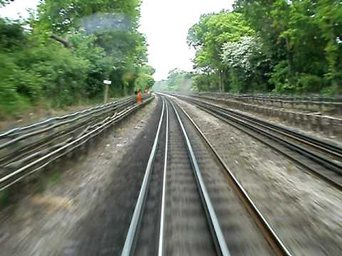 Loughton to Buckhurst Hill on the Central Line