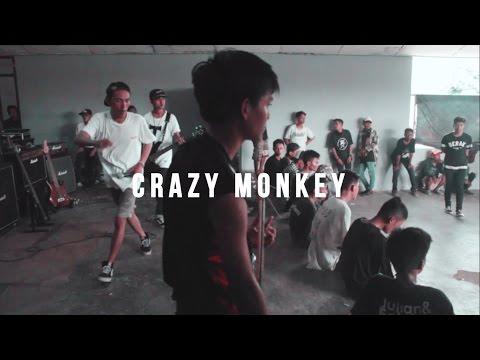 Crazy Monkey - Serigala Malam live at Bandar Sakti 6 November 2016