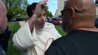Video: Get Rid of the Easter Bunny, or I'm putting you on the floor - Ruben Israel vs Catholic