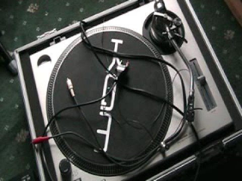 First step,  Want to be a Bedroom DJ?, kit, equipment needed