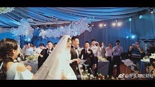 Cô dâu Trương Hinh Dư diện váy trắng đồ sộ, nắm chặt tay chú rể tiến vào lễ đường cổ tích