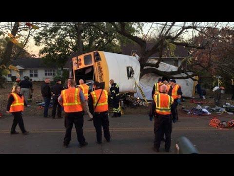 At least 5 dead in school bus crash