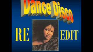 GWEN GUTHRIE: Younger than me.wmv