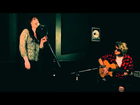 Saxi - Burning Memory | #lightthemupstudiosessions [s1.ep6]: Visual Base Tv video