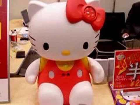 Hello Kitty Robot Sings!
