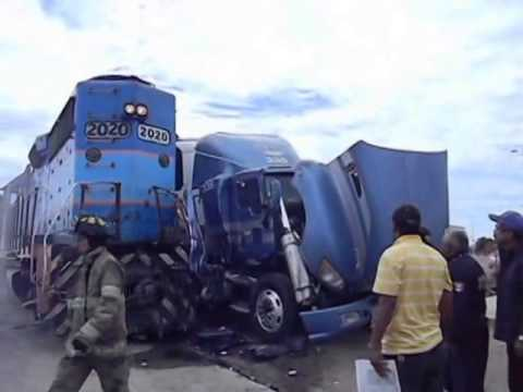 Accidente en Periférico de Navojoa